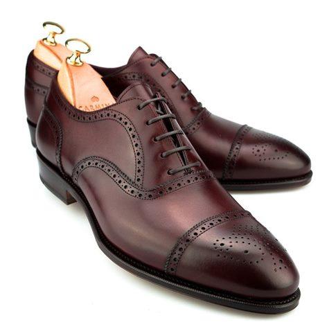 takım-elbisenin-altına-giyilen-ayakkabılar