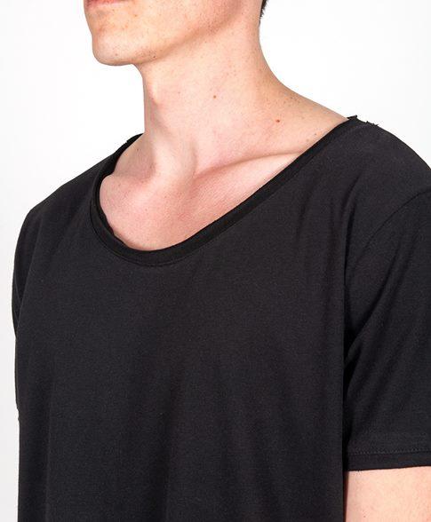 tişört-yaka-çeşitleri-erkek